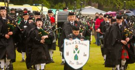 Les HIghland Games s'ouvrent traditionnellement sur le doux son des cornemuses