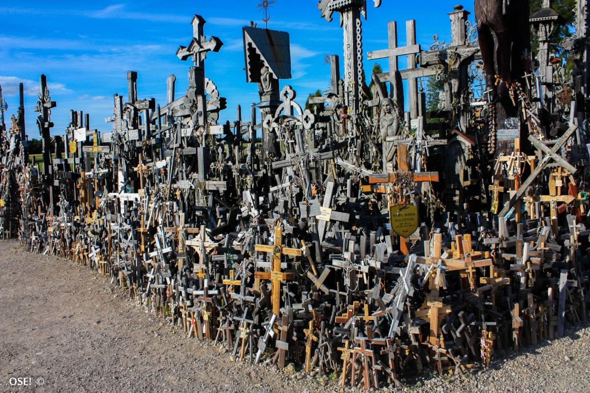 The Hill of Crosses(Lituanie)